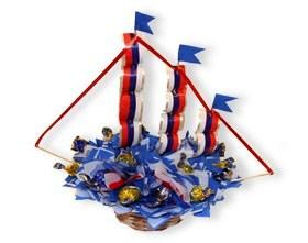 L002.103 Букет из конфет Кораблик-победитель