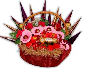 L002.44 Праздничный букет из конфет «Восхитительно»