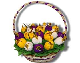 L002.65 Праздничный букет из конфет Тюльпаны в цвету