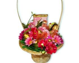 L002.87 Праздничный букет из конфет Нежные цветы