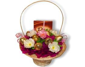 L002.70 Праздничный букет из конфет Кувшинка