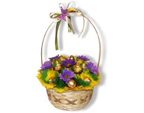 L002.81 Праздный букет из конфет Корзина с цветами